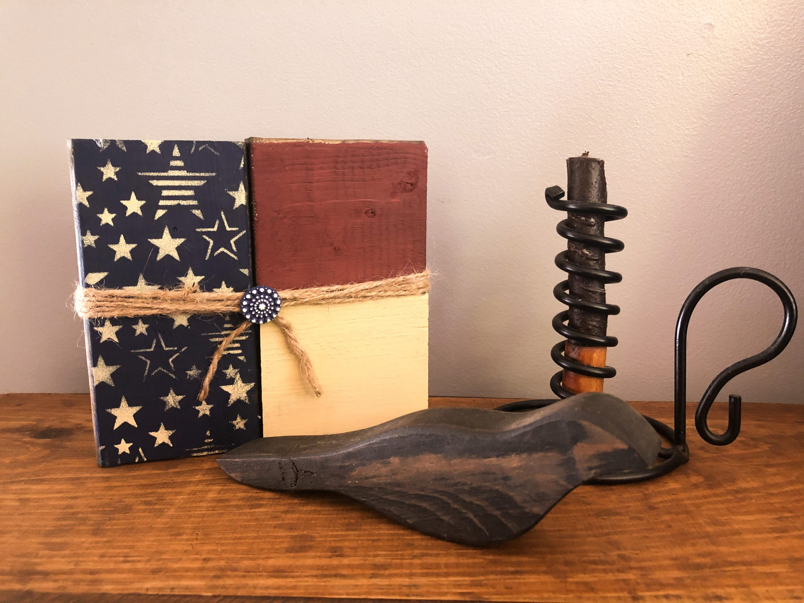 DIY Flag Shelf Sitter