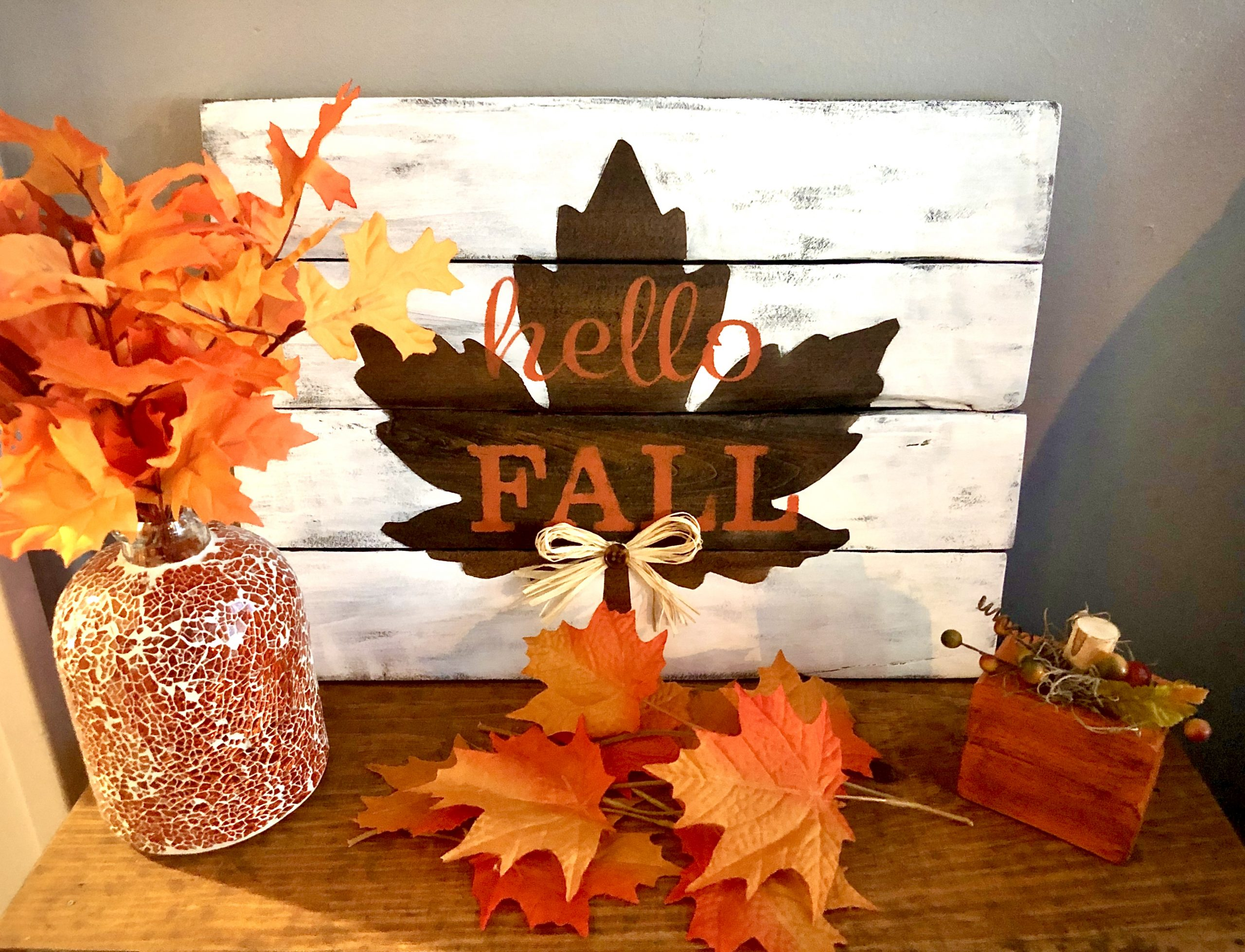 Fall-Pallet-Sign