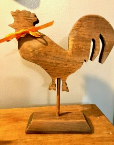 Farmhouse-Rooster-Makeover